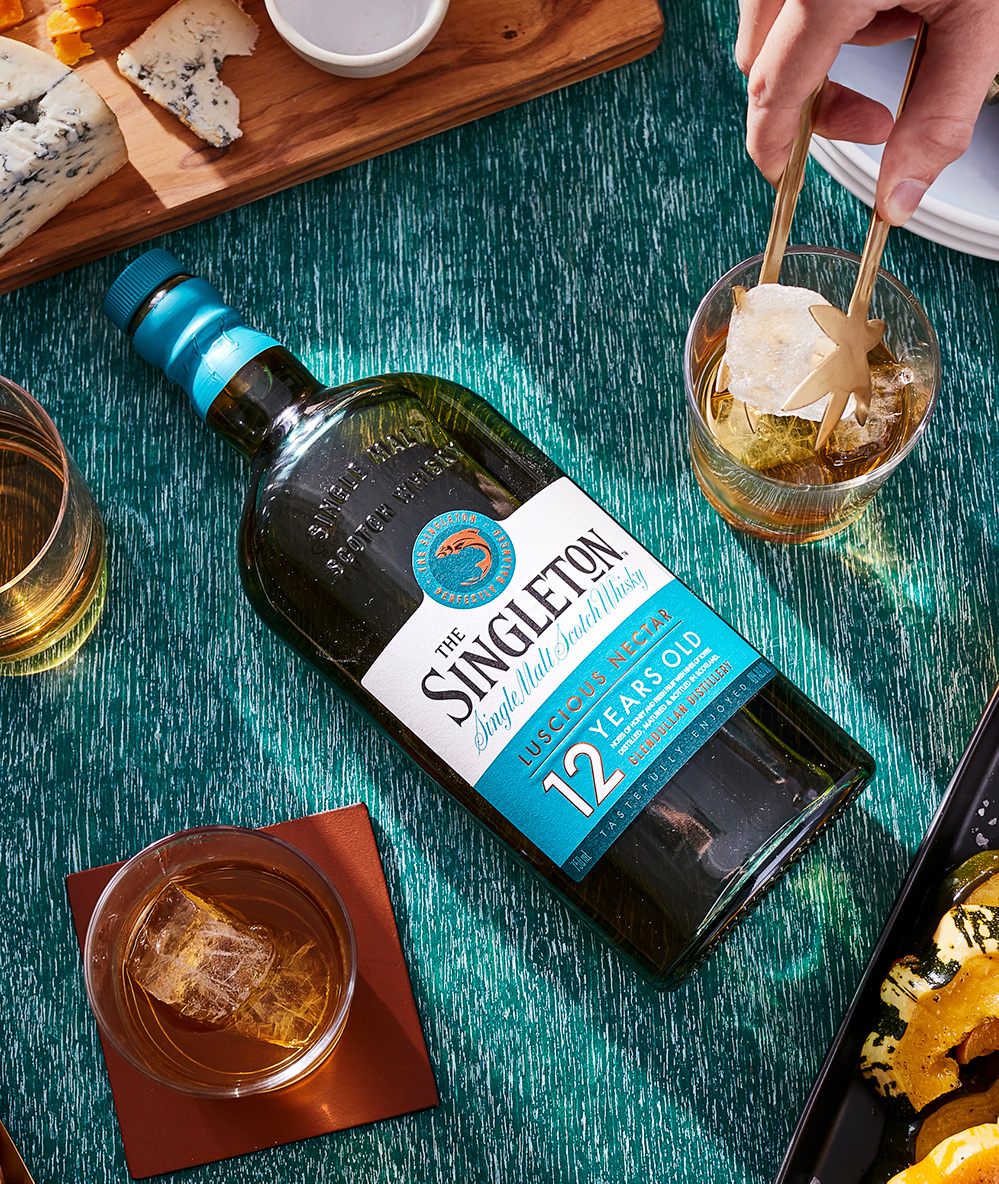The Singleton Glendullan 12 Years of Age with Old Fashioned