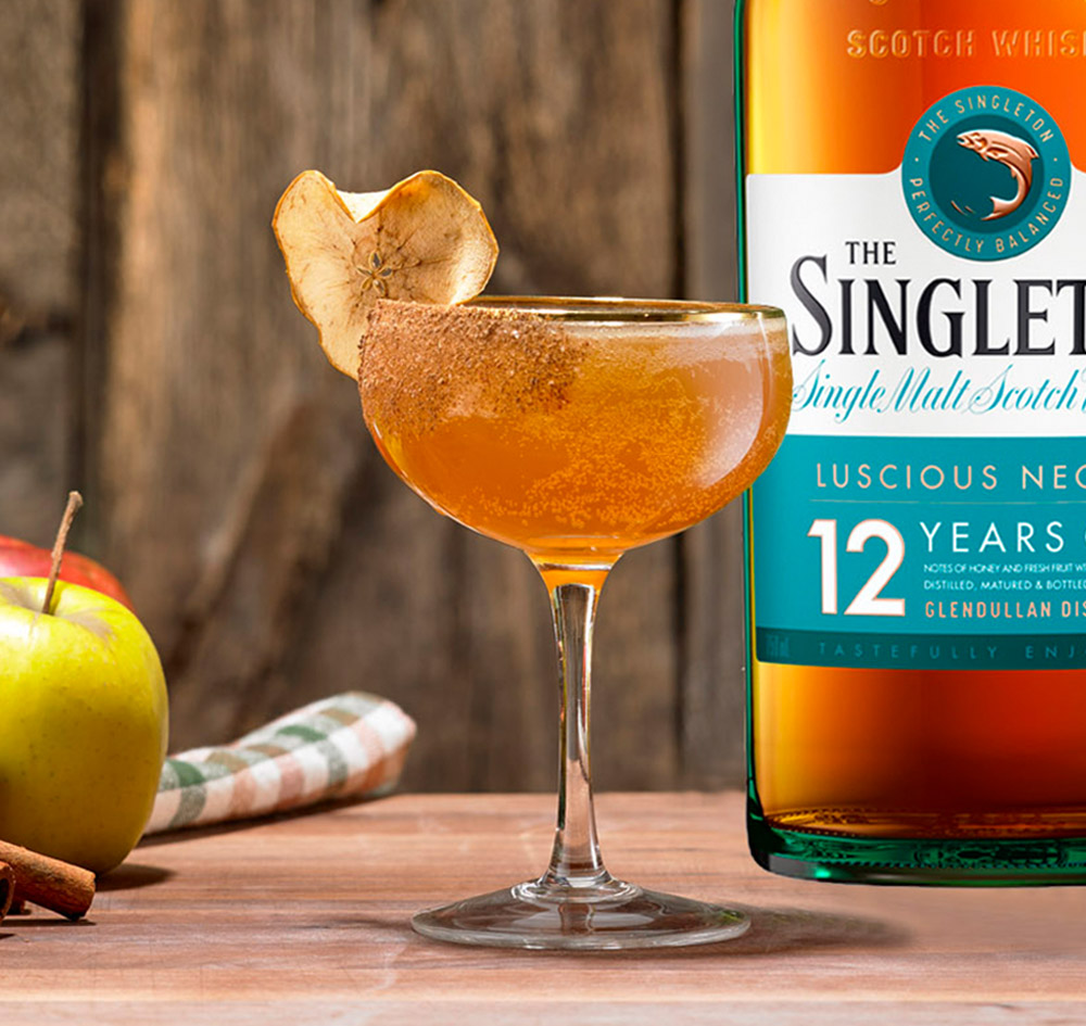 Spiced Apple Pie Whisky Cocktail Mix Drink